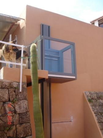 Sillas y plataformas salvaescaleras elevadores for Sillas ascensores para escaleras precios
