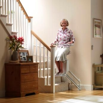 Silla salvaescaleras sadler ayudas for Sillas de escaleras para minusvalidos